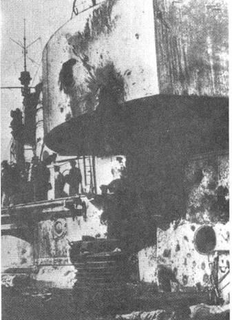"""Линейный крейсер """"Зейдлиц"""". Повреждения башни """"D"""", полученное в бою у Доггер– Банки."""