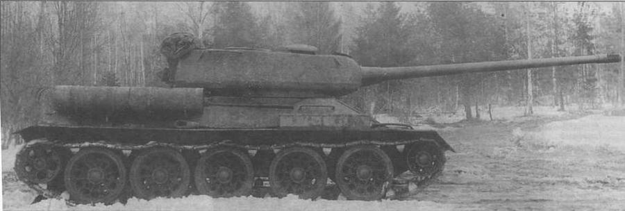Танк Т-34-100, вооруженный 100-мм пушкой ЛБ-1. Весна 1945 года