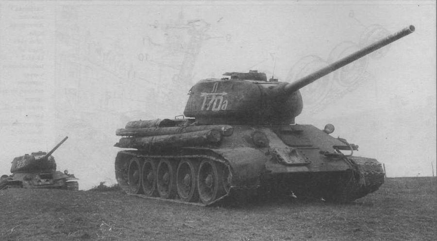 Танки Т-34-85 4-й гвардейской танковой бригады 2-го гвардейского танкового корпуса. 3-й Белорусский фронт. Восточная Пруссия, 1944 год