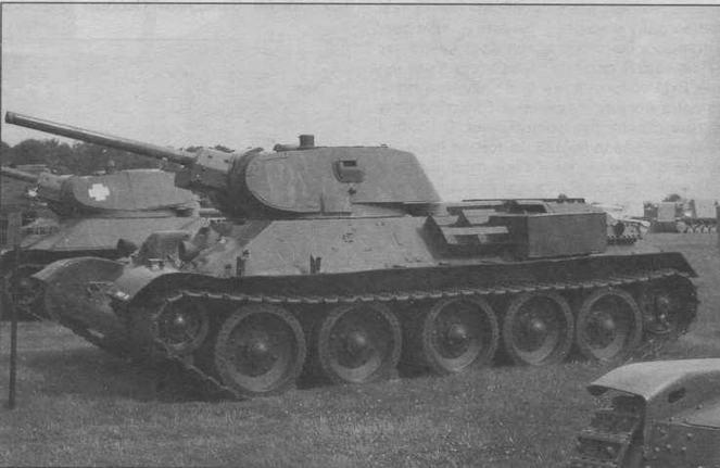 Танк Т-34 довоенного выпуска в экспозиции танкового музея на Абердинском полигоне в США. Эта машина была захвачена у немцев в 1945 году