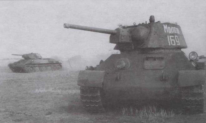 """Танк Т-34 с """"улучшенной"""" башней из состава 106-й танковой бригады. Сентябрь 1942 года"""