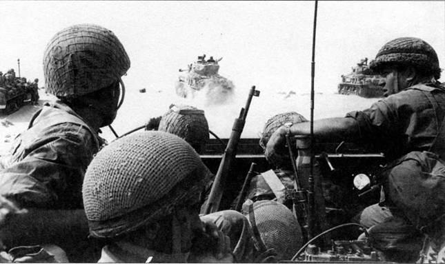 К 1956 г. Армия обороны Израиля была почти полностью механизирована, ее пехота шла в бой на бронетранспортерах за авангардом, который составляли танки «Шерман».