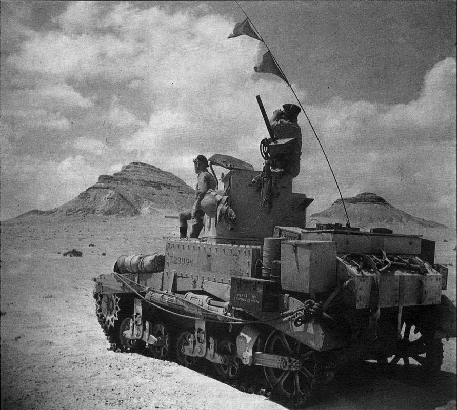 Stuart I в разведке. 10-я танковая дивизия 8-й английской армии. Северная Африка, август 1942 года