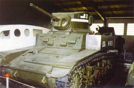 Легкие танки М5А1 и M3А1 в экспозиции Военно-исторического музея бронетанкового вооружения и техники в Кубинке