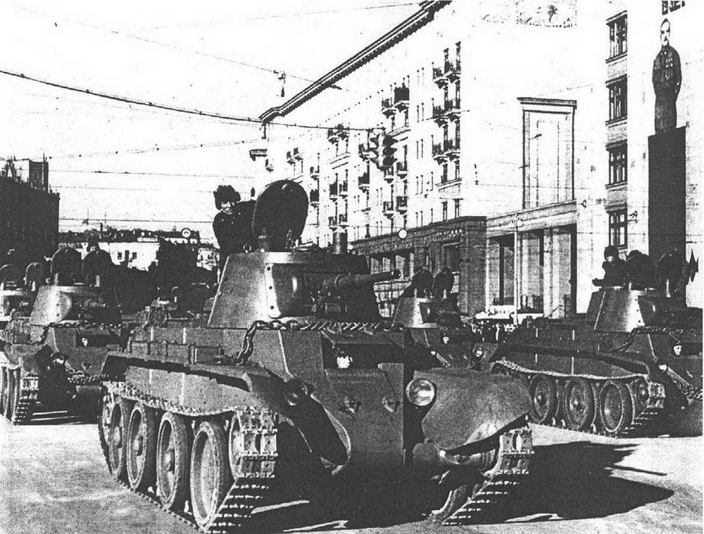 М. Барятинский, М. Коломиец   Бронеколлекция 1996 № 05 (8) Легкий танк БТ-7