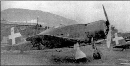 В начале войны вооруженная истребителями G.50 361-я эскадрилья входила в состав 24 Stormo, в октябре 1940г. ее передали в 154-ю группу, которая действовала па греко-албанском фронте. Лучший ас кампании тененте Ливио Басси (шесть побед) служил в 361-й эскадрилье. 20 февраля 1941г. Басси был смертельно ранен при вынужденной посадке поврежденного в бою Фиата.