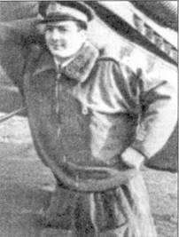 Итальянский ас №2 капитано Франко Луччини перед своим С. 202 в бытность командиром 84-й эскадрильи.