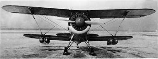 Истребитель И-15 бис с подвесными топливными баками конструкцииЗапанованного, 1939г.