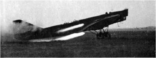 Взлёт ТБ-1 с ускорителями. 1932г.