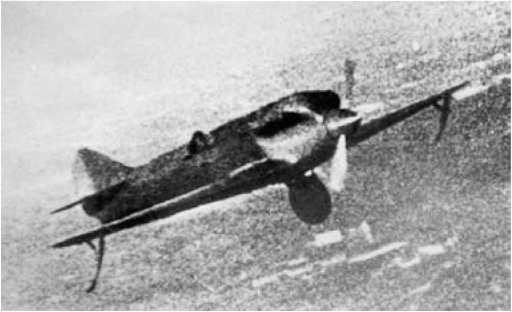 «Сталь-6» в полете. В кабине лётчик-испытатель А.Б. Юмашев.