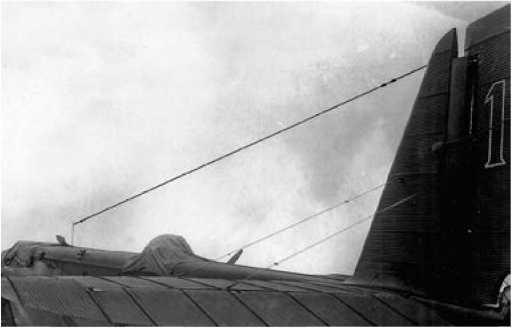 Приёмная антенна самолёта ТБ-3 «Бомба».