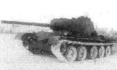 Второй прототип Т-44, после выдвижения казенной части орудия Д-5Т вперед.