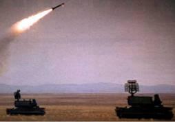 "Пуск ракеты 9М331 ЗРК ""Тор-М1"" (фото из журнала ""Военный Парад"")"