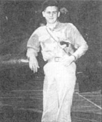 Энсин Альфред Лерч из эскадрильи VF- 10 16 апреля 1945г. северо-западнее Окинавы сбил шесть «Нэтов» и «Вэл». В этот день пилоты VF-10 сбили 33 самолета камикадзе и истребителей эскорта. Помимо Лерча в бою отличались лейтенант-коммендер Уолтер И. Кларк (три победы), лейтенант Чарлз Д. Фармер (4), лейтенант Филип Л. Кирквуд (6), энсин Хорэк У. Хиз (3) и энсин Норвальд Р. Куил (4).