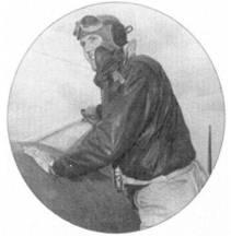 1-й лейтенант Джозеф В. Диллэрд из эскадрильи VMF-323 одержал 6,333 победы в воздушных боях. Ас позирует, стоя на крыле истребителя F4U-1D с бортовым номером «51».