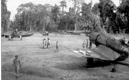 Еще один «Зеро» Роджер Конэнт сбил 18 января 1944г. Эту победу он одержал па самолете F4U-IA Bu№17735 с бортовым номером «735». Снимок сделан в Бугенвилле в феврале 1944г.