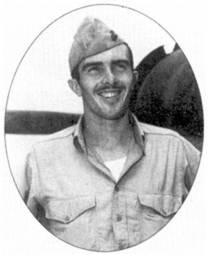 Кэптен Джеймс И. Суитт из эскадрильи VMF-221 одержал 15,5 побед в воздушных боях и был удостоен Почетной медали Конгресса США. 7 апреля 1943г. Суитт всего за два часа сбил на «Уайлдкэте» семь «Вэлов». Остальные победы он одержал на «Корсарах».