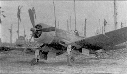 На этом самолете Кен Уэлш летал 15 августа 1943г. Самолет получил в бою повреждения, но был отремонтирован. Обратите внимание на бортовой номер «114», продублированный на щитке нити основной опоры шасси.