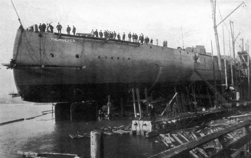 """Линейный корабль """"Тандерер"""" во время спуска на воду. 1 февраля 1911 г."""