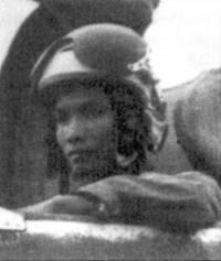 10 маz 1972г. летчик 927-го И АП Ле Тхань Дао сбил над Хаидуонгом F-4J из авиакрыла авианосца «Констеллейшн», это была первая победа в воздушном бою летчика 927-го полка. Согласно официальным данным авиации ВМС США один «Фантом» из эскадрильи VF-92 10 мая 1972г. был потерян от огня зенитной артиллерии, в то время как второй (летчик Рэнди Кэннигхэм, оператор Вилли Дрисколл) сбила зенитная ракета. С декабря 1971г. но сентябрь 1972г., в составе 921-го и 927-го истребительных авиаполков, Ле Тхань Дио одержал шесть побед в воздушных боях.