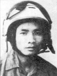 В период отражения налетов американской авиации, проводивших в рамках операции «Лэйнбэкир 1» летчик 927-го И АП Нгуен Ван Нгья сбил пять самолетов противника.