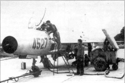 Техническое обслуживание истребителя МиГ-21Ф-13 из 921-го ИАП, 1967г.