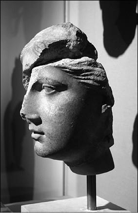 Женский портрет из Кирены