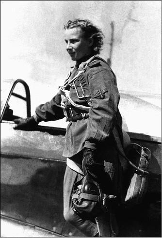 Лидия Литвяк. Фото 1940-х гг.