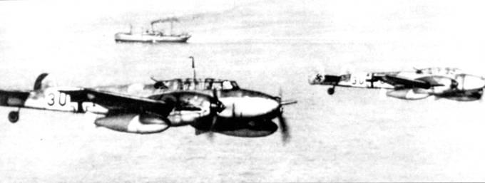 Церстореры прикрывают германский морской конвой в Средиземном море.