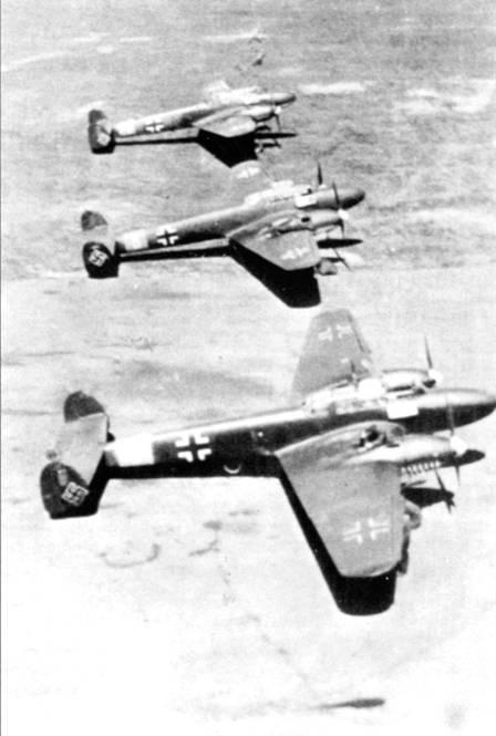 Большинство уцелевших Bf. 110В передали в церсторершулен, где их доработали до стандарта «В-3» – пушки сняли, дополнительное радиооборудование поставили.