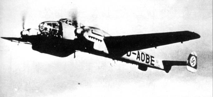 Вскоре после изменения министерством авиации концепции кампфцерсторнера, люфтваффе выдало спецификацию для превращения BfllO в разведчик и скоростной бомбардировщик под обозначениями Bf. 161 и Bf. 162 соответственно. От разработки разведчика отказались в пользу адаптирования стандартного Bf. 110 к выполнению разведывательных заданий. Проект Bf.162 развития не получил, так как приоритет был отдан самолету Ju-88.