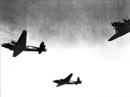 Летевшие в тесном строю «Веллингтоны» из 149-й эскадрильи RAF не нашли целей в море и вернулись к Вильгельмсхафену. Через несколько минут после того, как был сделан этот снимок, начался воздушный бой.