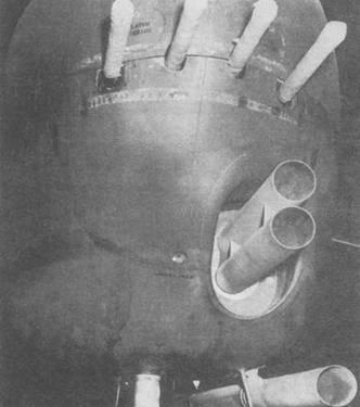 В-25Н у которого вместо 75-мм пушки установлено несколько направляющих для 5-дюймовых ракет.