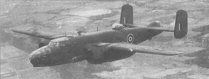 «Mitchell II» — аналог B-25D в английском камуфляже Dark Earth/Dark Green/Sky во время приемных испытаний в Канзас-Сити.