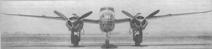 Первый В-25 (40-2165). Самолет оснащен винтами Hamilton Standard Hydromatic.Август 1940 года, Майнз-Филд.