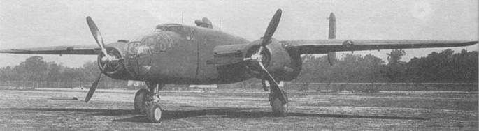 В-25 А (40-2189) в ожидании отправки в часть. Видно «изломанное» крыло, характерное для всех последующих В-25.
