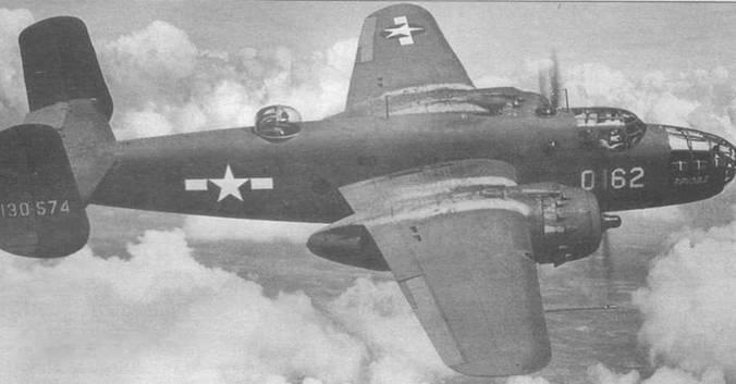 B-25D-20-NC (41-30574) в полете над Канзасом, 1942 год.