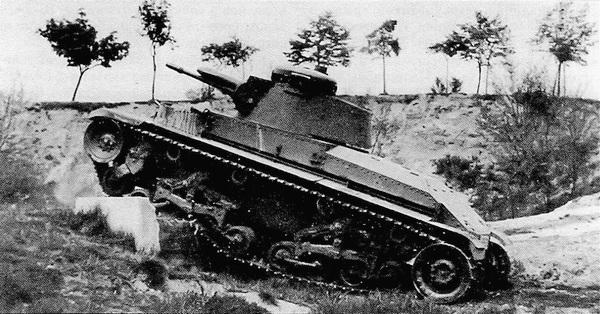 Прототип танка ?-II-a во время испытаний.