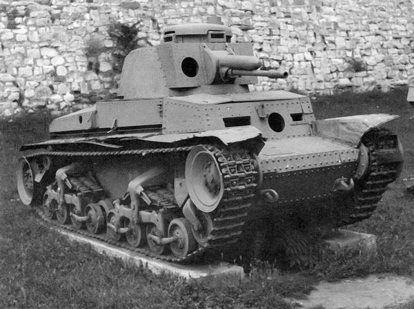 Pz.35 (t) из состава 7-й горнопехотной дивизии СС «Принц Евгений», захваченный югославскими партизанами и находящийся ныне в военном музее в крепости Калемегдан в Белграде.