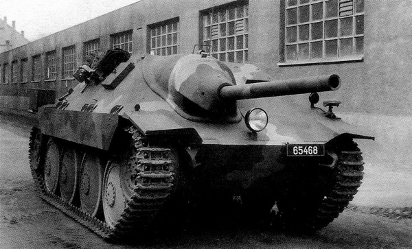 Первый серийный истребитель танков ST-I послевоенного чехословацкого производства. 1946 год.