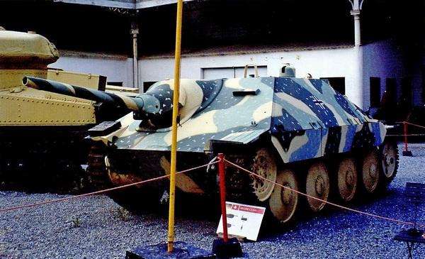 G-13 в экспозиции Военного музея в Брюсселе. 2005 год.