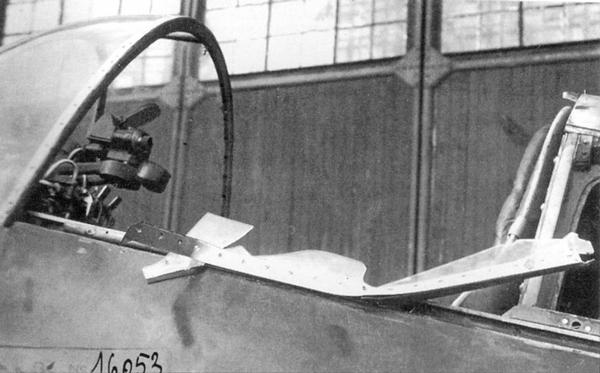 Кабина ЛаГГ-3 (№3121226), с которого 13 июня 1941г. в полёте сорвало фонарь; машину пилотировал К.Груздев.