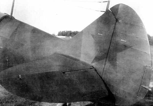 Пример нанесения красной звезды на вертикальное оперение (самолёт 34-й серии завода №31).