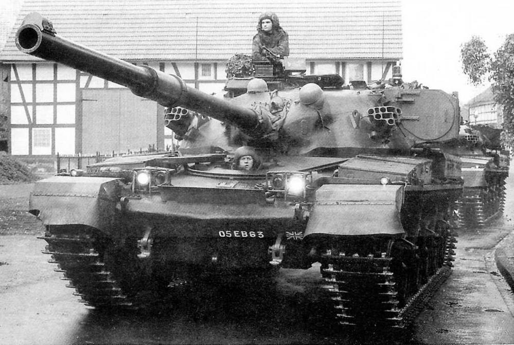 Основной боевой танк «Чифтен» Mk.5 из состава Британской Рейнской армии. 1984 год