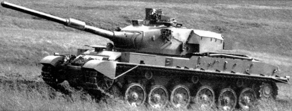 Первый танк «Виккерс» Mk.3 для кенийской армии во время испытаний в Великобритании. 1979 год