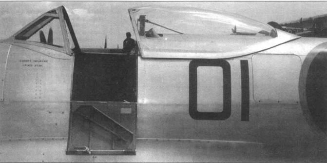 Каплевидный фонарь кабины на «Спитфайре FR.XIX».