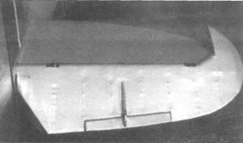 Хвостовое оперение на «Спитфайре VII/VIII». Увеличенная угловая балансировка.