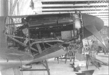 Двигатель на «Спитфайре I» раннего выпуска. Самолет оснащен двухлопастным винтом неизменяемого шага.