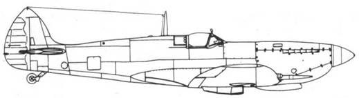 Spitfire IXC вариант для СССР с коротковолновой радиостанцией