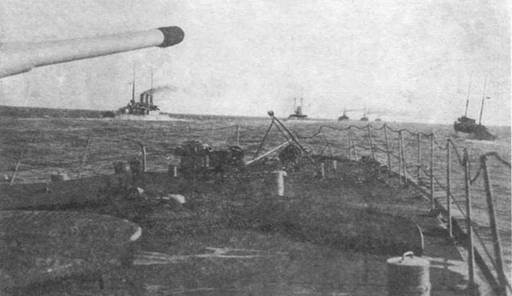 Черноморский флот в походе.